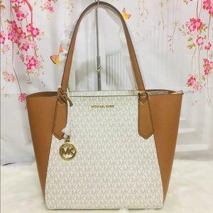 Michael Kors Kimberly Large Bonded Tote Bag Vanila